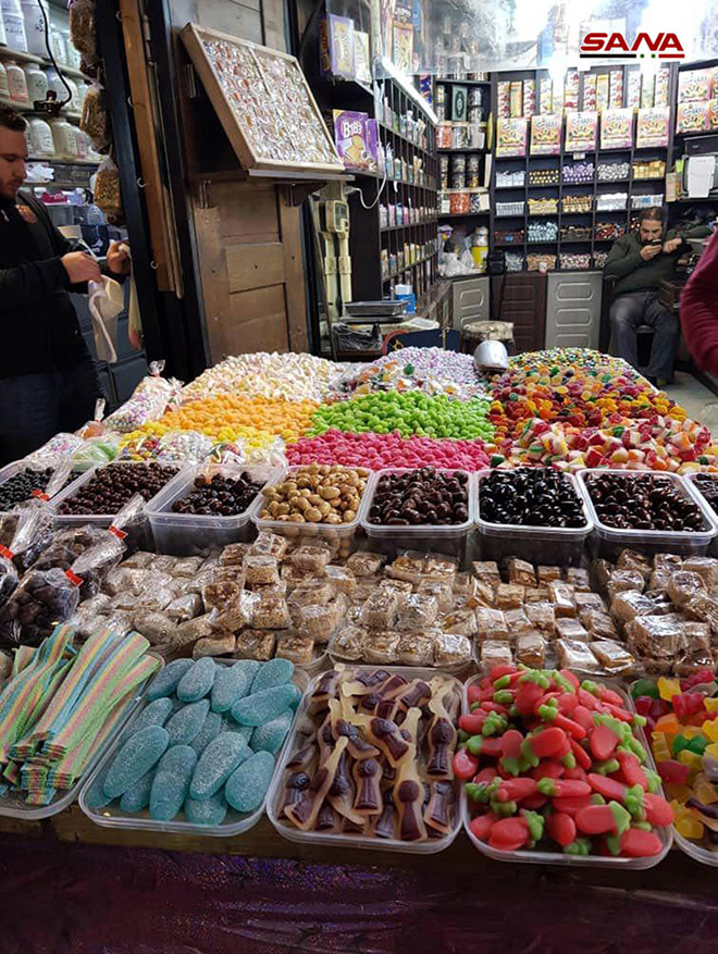 Al-Bzuriyah Souq … a cloud of perfume smelled in old Damascus ...